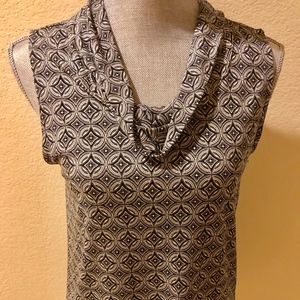 Beautiful Banana Republic Top Size Small